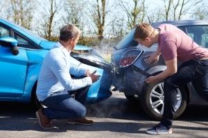 Können Sie für Ihr Auto eine Versicherung trotz laufender Insolvenz abschließen?