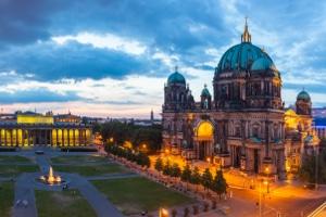 Berlin unterstützt Unternehmer, Selbstständige und Freiberufler mit den Programmen Schulden-Soforthilfe I und II.