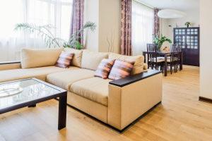 Das Berliner Modell erlaubt eine Zwangsräumung auf vereinfachte Art. Hier verbleiben die Möbel in der Wohnung.