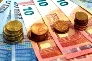 Den Dispokredit im Januar nutzen zu können, ist zwar praktisch, wegen anfallender Zinsen aber auch teuer.