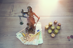 Die Einrede der Verjährung ist laut Definition ein Leistungsverweigerungsrecht des Schuldners, das den Gläubiger hindert, seinen Anspruch durchzusetzen.