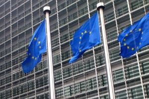 Was sind die Vorteile einer EU-Privatinsolvenz und wird die Restschuldbefreiung in Deutschland anerkannt?