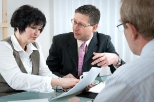 Forderungskaufvertrag: Bei der Insolvenz des Arbeitgebers kann dieser wichtig werden.