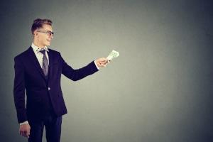 Sich Geld zu leihen, sollte nur eine Notlösung sein.