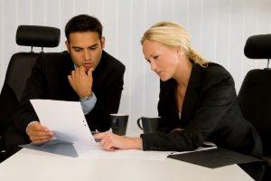 Gläubigerausschuss: Bei der Insolvenz hat er vielfältige Aufgaben.