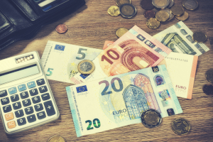 Zu den wichtigsten Hartz-4-Spartipps gehört der finanzielle Überblick. Nur so können Sie Ihre Kosten kontrollieren.