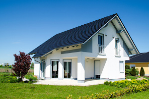 Für den Immobilienverkauf ermittelt ein Rechner anhand verschiedener Faktoren den Wert.
