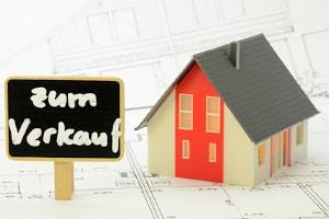 Ein Immobilienrechner kann beim Verkauf der Immobilie helfen.