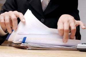 Wenn Sie einen Insolvenzantrag stellen, müssen Sie zeitgleich verschiedene Dokumente einreichen.