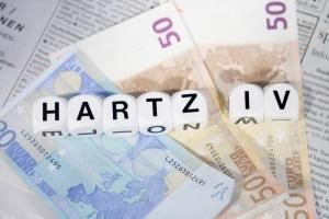 Kredit trotz Insolvenz: Hartz-4-Empfänger haben es bei der Bank oft besonders schwer.
