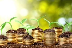 Nutzen Sie einen Kredit zum Umschulden, wenn Sie Zinsen und Kosten sparen können im Vergleich zu Ihrem alten Darlehen.