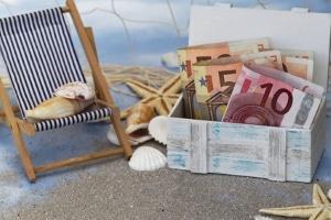 Das Urlaubsgeld wird bei einer Lohnabtretung nicht berücksichtigt. Der Arbeitnehmer darf es behalten.