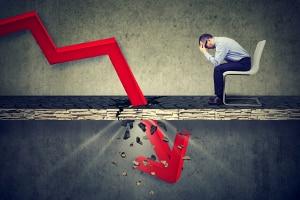 Schuldner, die nach der Privatinsolvenz erneut einen Kredit aufnehmen, landen schnell wieder in der Schuldenfalle.