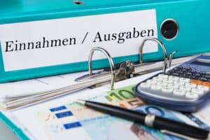Auch in Neuruppin gibt es Beratungsstellen, die Ihnen bei der Bewältigung Ihrer Schulden helfen können.