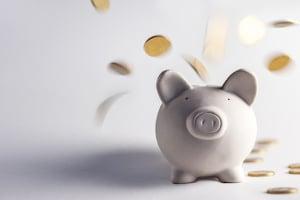 Online-Kredite sind im Vergleich zu Darlehen einer Bankfiliale weitaus günstiger.