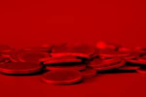 Schulden werden erst dann zum Problem, wenn der Schuldner sie nicht bezahlen kann und so in die roten Zahlen rutscht.