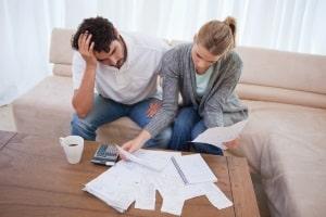 Sie müssen mit Ihrer Situation nicht alleine fertig werden: Schuldnerberater in Potsdam helfen bei Überschuldung.