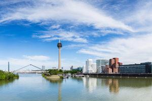 Gemeinnützige Einrichtungen bieten die Schuldnerberatung in Düsseldorf oft kostenlos an.