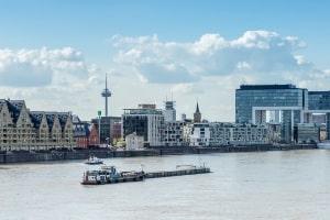 Schuldnerberatung wird in Köln von Anwälten und Schuldnerberatungsstellen angeboten.