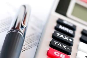 Die Schuldnerberatung in Ludwigshafen hilft bei der Kalkulation von Einnahmen und Ausgaben.