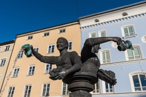 Kostenlose Schuldnerberatung: In Rosenheim ist das dank Caritas und Diakonie möglich.