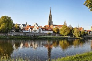 Wer keinen Überblick mehr über seine Einnahmen und Ausgaben hat, sollte Kontakt zu einer Schuldnerberatung in Ulm aufnehmen.