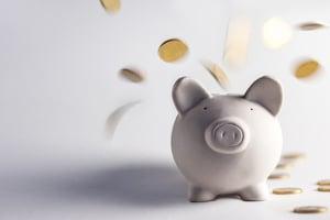 Welche Spartipps helfen mir, schnell oder dauerhaft Geld zu sparen?