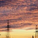 Knapp 300.000 Haushalte saßen 2018 aufgrund von Stromsperren vorübergehend im Dunkeln.