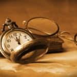 Stundung bedeutet laut Definition, dass der Zeitpunkt der Fälligkeit auf einen späteren Zeitpunkt verschoben wird.