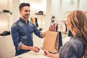 Tipps zum Sparen: Beim Einkaufen können Sie schnell und regelmäßig sparen.