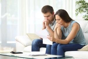 Neben Unternehmen sind von der Überschuldung auch private Haushalte betroffen.