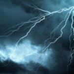 Die Linksfraktion fordert ein generelles Verbot von Stromsperren zulasten zahlungsunfähiger Verbraucher.