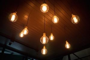 Die Grünen legen ein Konzept zur Verhinderung von Stromsperren vor.
