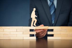 Darf ein Schuldner seine Versicherung trotz laufender Privatinsolvenz behalten?