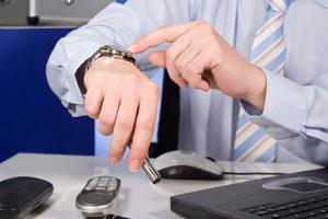Wann muss ein Insolvenzantrag gestellt werden? Eine Antragsfrist wie bei der Regelinsolvenz gibt es nicht.