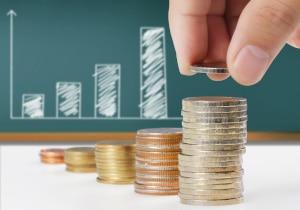 Wie hoch sind die Zinsen für einen Privatkredit? Das hängt wesentlich von Ihrer Bonität ab.