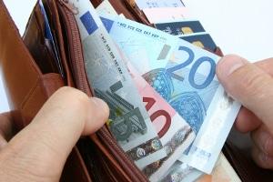 Ein Grund für schlechtes Zahlungsverhalten können Zahlungsengpässe des Schuldners sein.
